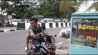 Video Ngambek Kunci Motornya Diambil Petugas, Anak Ini Malah Mau Bikin Kunci Baru - 86 MP3, 3GP, MP4, WEBM, AVI, FLV Oktober 2018