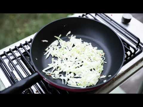 ფრანკფურტერის ცხელი სალათი
