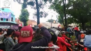 Video Bobotoh Bertemu The Jak Mania di Jawa Barat MP3, 3GP, MP4, WEBM, AVI, FLV Juli 2018