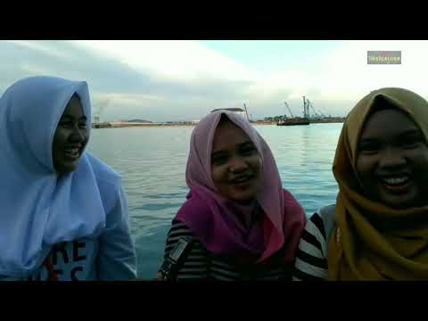 Pendapat cewek cantik Makassar tentang bokep dan pernah onani jawabannya sangat lucu dan gokil