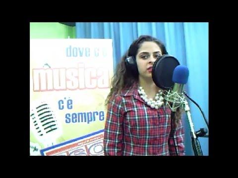 Preview video Federica Saraceno - Bust Your Windows (Jazmine Sullivan cover) - RSO live