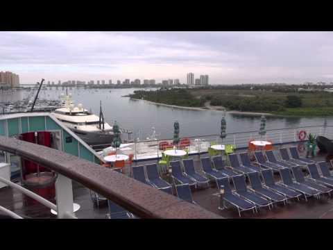 Game Deck Hot Tub Grand Celebration Cruise