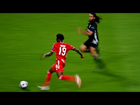 Alphonso Davies Crazy Speed Show