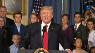 Obamacare, Trump: agli americani serve più flessibilità