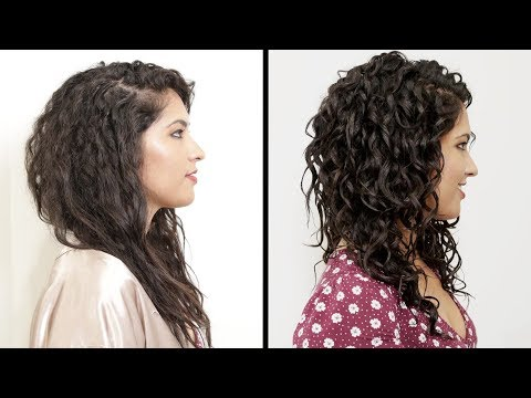 Women With Curly Hair Perfect Their Curls видео