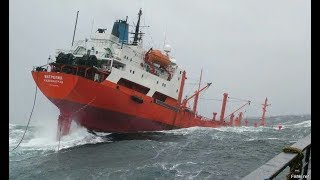 Video Top 10 ships in storm Giant Monster Waves You Need To See MP3, 3GP, MP4, WEBM, AVI, FLV Oktober 2018