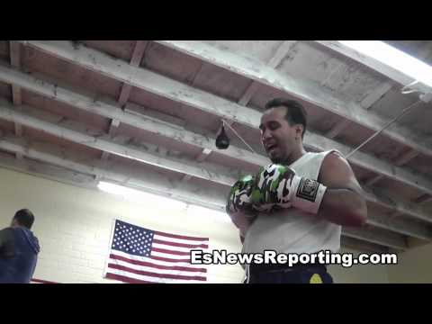 Floyd Mayweather vs Robert Guerrero Trainer Reviews FIght EsNews Boxing
