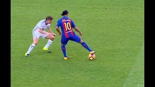 Video Ronaldinho 2017 ● Skill Show ● Football & Futsal MP3, 3GP, MP4, WEBM, AVI, FLV Oktober 2017