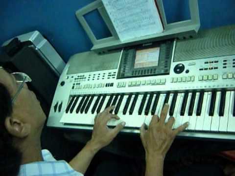dem hat piano: dieu bolero