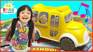 The Wheels on the Bus go round and round song board games for kids