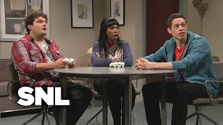 Video Kissing Video Game Characters - SNL MP3, 3GP, MP4, WEBM, AVI, FLV Juni 2018