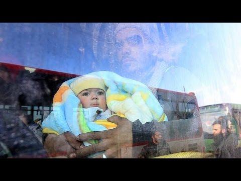 Με αργούς ρυθμούς η εκκένωση από το ανατολικό Χαλέπι