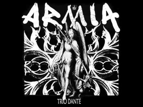 Tekst piosenki Armia - Nie dotykając ziemi po polsku
