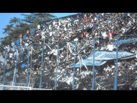 LA GENTE LEPROSA Vs Desamparados ( Si este año tenes que ascender ♪) - Los Caudillos del Parque - Independiente Rivadavia