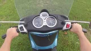 1. 2008 Piaggio Bv250 Scooter Demo