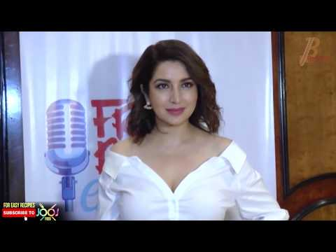 Video Tisca Chopra Hot Cleavage Show In White Neckline Shirt download in MP3, 3GP, MP4, WEBM, AVI, FLV January 2017