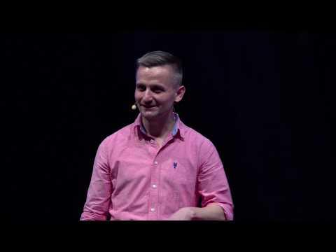 Improvizáció: a játék és a pillanatban létezés öröme | Várady Zsuzsi és Molnár Levente | TEDxDanubia
