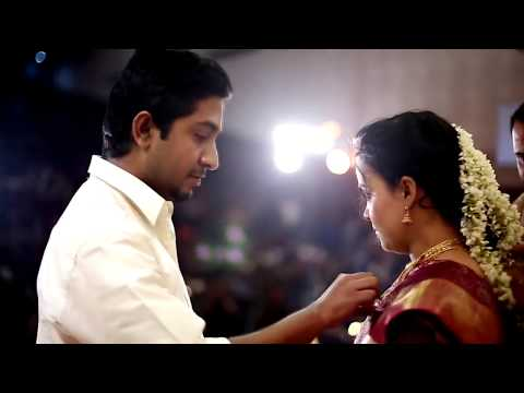 Video Vineeth Sreenivasan wedding  Paperboat  kerala wedding photography download in MP3, 3GP, MP4, WEBM, AVI, FLV January 2017