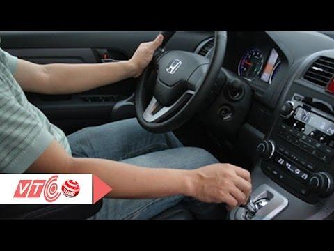 Thủ thuật khi đi ô tô số tự động | VTC