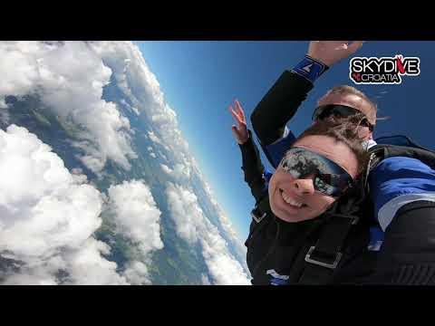 Trajanje slobodnog pada skoka padobrana s 4000 metara - 60 sekundi