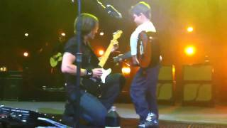 Keith Australia  city photo : Keith Urban Live in Australia 2011 with 5 Yr Old Nathan singing Days Go By! HD