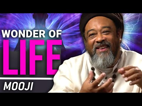 Mooji Interview: Discovering How to Live From the Flow of Life
