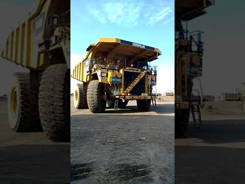 CATERPILLAR OFF HIGHWAY TRUCKS 793D equipment video 6T8vLiIGVTs