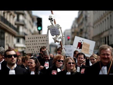 Γαλλία: Το κόστος των απεργιών