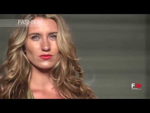 SWIMWEAR Show Sexy Transparent Boobs Fashion Model Walking the Ramp Video in HD