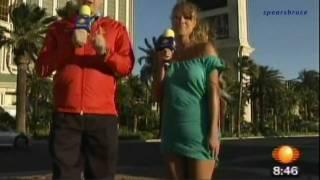 Reportera pasó el peor 'roche' en vivo con su falda