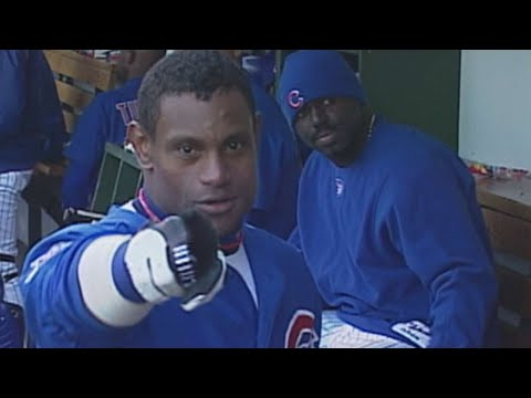 Video: Sosa smashes his 64th home run of 2001