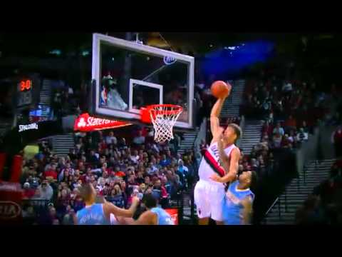 Coby Karl to Meyers Leonard Alley Oop Dunk