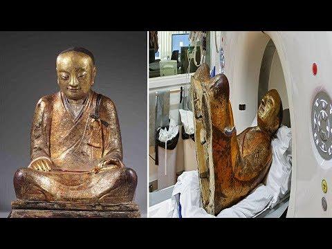 scoperta shock: guardate cosa è stato ritrovato in questa statua!