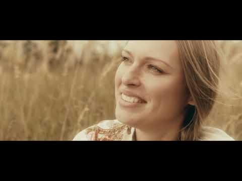 Бабкины внуки - Переведи меня через Майдан - акапелла - клип - DomaVideo.Ru