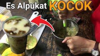 Video PAKAI GULA AREN DAN DIKOCOK! CARA BARU MENIKMATI ALPUKAT! l INDONESIA STREET FOOD MP3, 3GP, MP4, WEBM, AVI, FLV Mei 2019