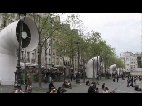 SIGHTSEEING OF BEAUBOURG