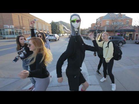 Roy Purdy mannequin head dance #5