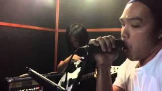 Highway star Jack Thammarat band feat. Noom Screwdriver on vocal