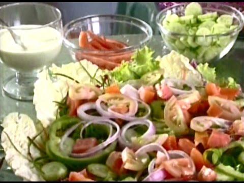 Como fazer uma salada deliciosa