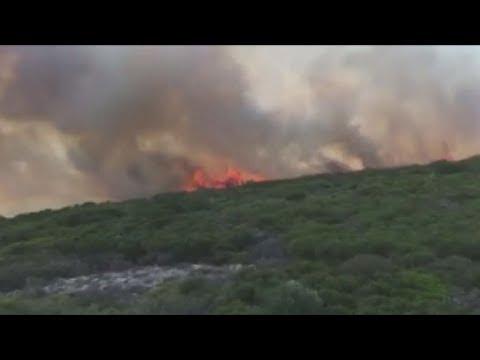 Ολονύχτια μάχη με την πυρκαγιά στα Κύθηρα