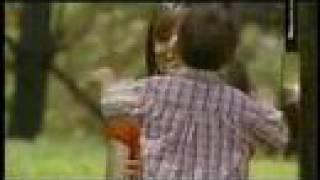 video y letra de Cada vez que me besas por Grupo Exterminador