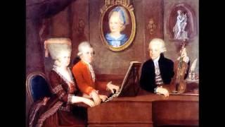 "Download Lagu W.A.Mozart - K. 222 Offertorio ""Misericordias Domini"" Mp3"