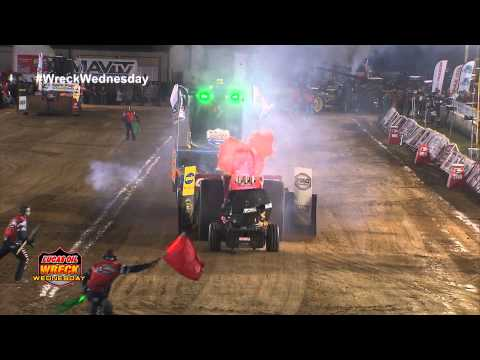Unlimited Super Stock Tractor Explodes - WW #67