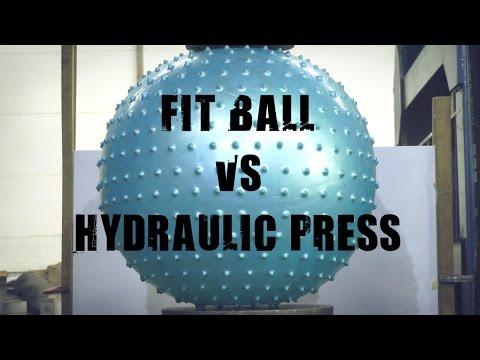 液壓機有辦法壓爆超耐壓的瑜伽球嗎??結果令人大吃一驚啊!!!