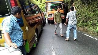 Video Aksi Skil Dewa Supir Melewati Jalan Sempit Sibolga-Tarutung MP3, 3GP, MP4, WEBM, AVI, FLV Agustus 2018