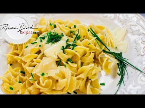 Super Butter Noodles With Parmesan Cheese And Chives Recipe