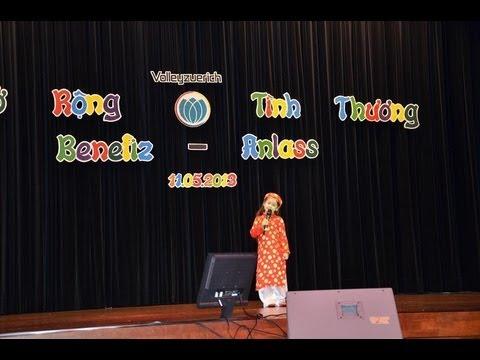 Camilla ThyThy tại buổi biểu diễn  từ thiện Mở Rộng Tình Thương