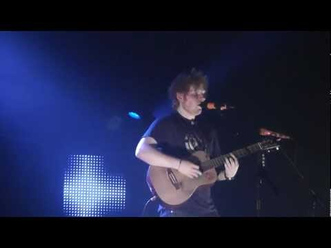 06.03.12 - Ed Sheeran playing the 10th song of the night in Hamburg. Click here to watch the playlist of the entire gig: http://www.youtube.com/playlist?list=PL77E4CC35...