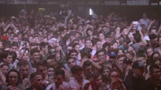 """""""Ghali Live è il documentario del tour di Ghali creato appositamente per chi non è riuscito mai a vederlo sul palco.""""13.05.2016  Magazzini Generali@MilanoDiretto e Montato da Andrea Piue Van khokhlov Segui Ghali:Facebook: http://on.fb.me/1DUthR3Twitter: http://bit.ly/1EsFvknInstagram: https://www.instagram.com/fuckyoughali/Soundcloud: http://bit.ly/1GFqj33Segui Sto clothing: Sito: www.stoclothing.bigcartel.comInstagram: www.instagram.com/stoclothingNinna nanna - Nuovo Video Ufficiale https://www.youtube.com/watch?v=s1xbQVNGSPQGhali - Guarda tutti i video ufficiali....https://www.youtube.com/playlist?list=PLEjNW3XN7fMLeMrK9i-h_6ECbAqbMqtGN"""