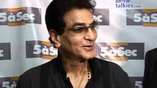 Jeetendra: 'NO WHITE SHOES!! Only white shirts now...'